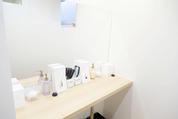 キレイモ渋谷宮益坂店のパウダールームは落ち着いて化粧直しのできる空間です